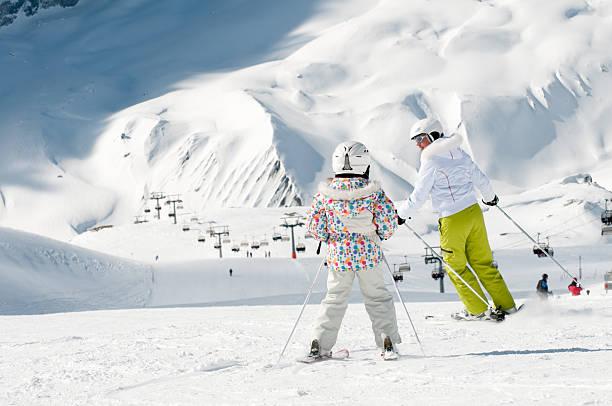 ski lesson - winter austria train bildbanksfoton och bilder