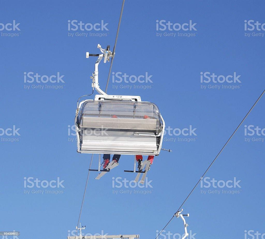 ski lift chailift, Sessellift Blick von unten Lizenzfreies stock-foto