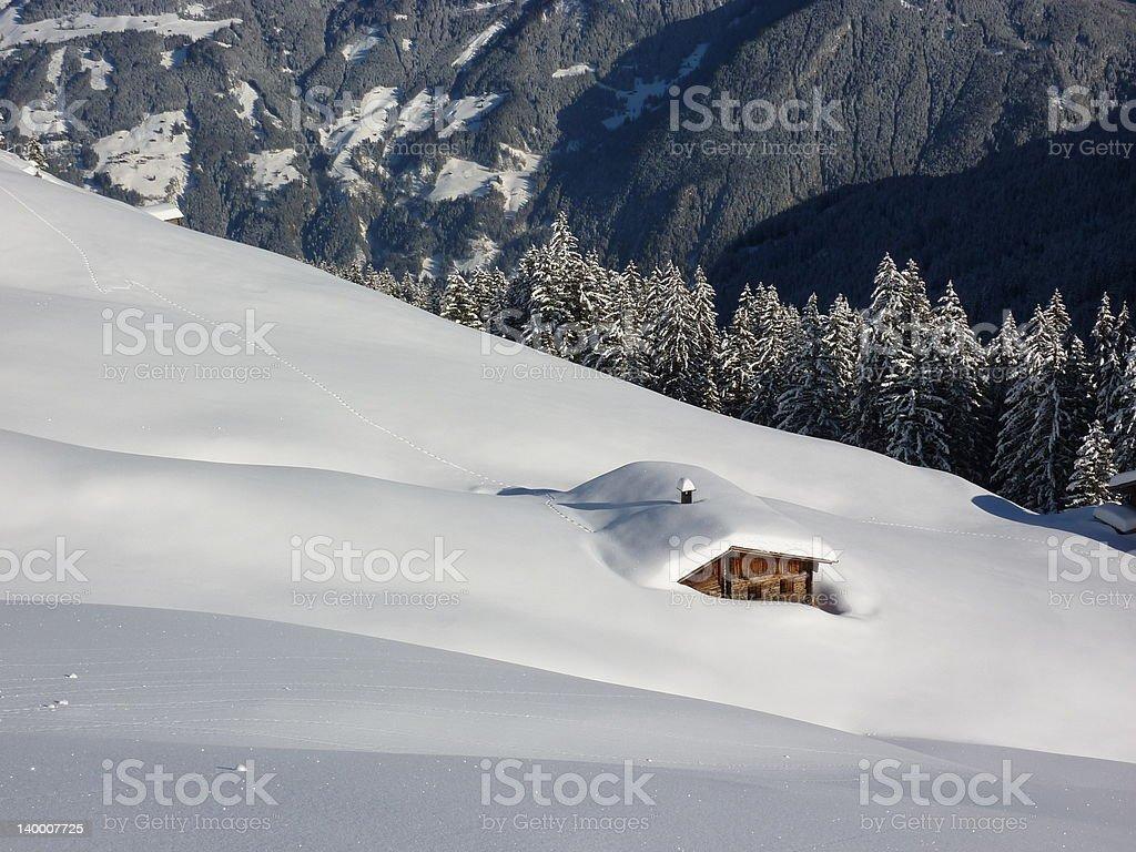 Apres-Ski im Schnee – Foto