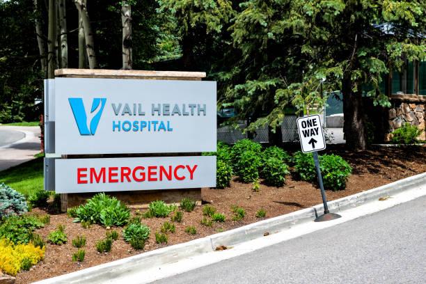 Ski resort town of vail colorado with sign for emergency room in picture id1193771228?b=1&k=6&m=1193771228&s=612x612&w=0&h=behqs2lx6biulxnhet0ppzaf z u bgausfzi tuppe=