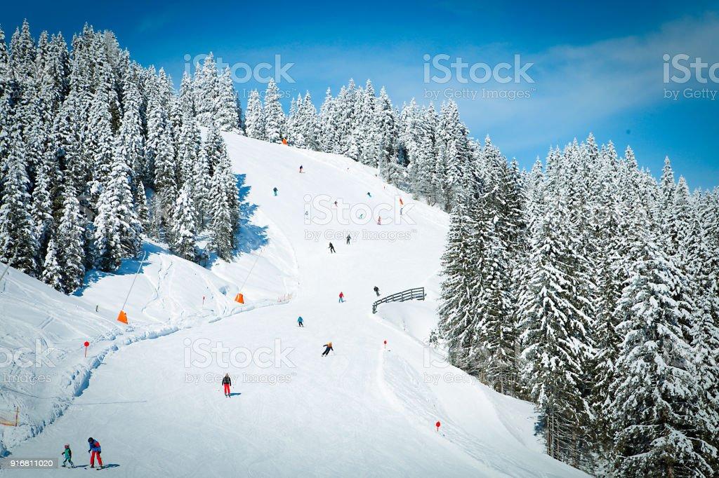 Skipiste in Kitzbüheler Alpen Berge – Foto