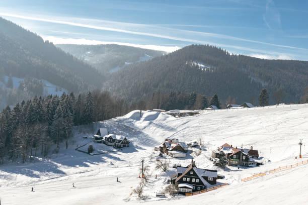 Skipiste im Winterlandschaft des Riesengebirges – Foto