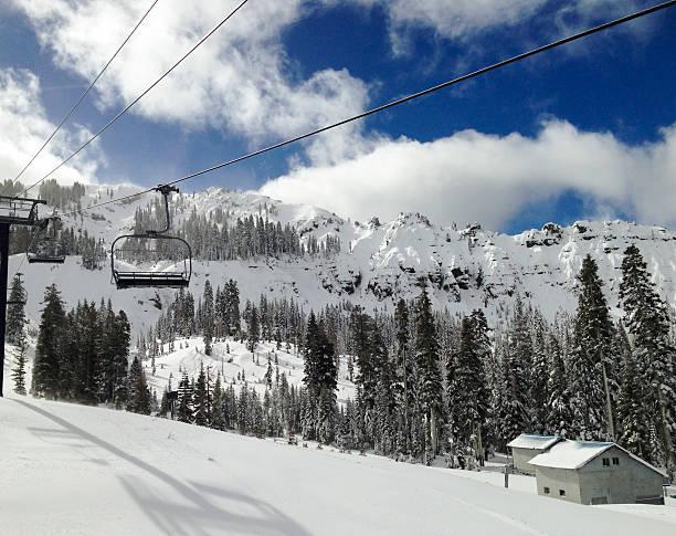 skipisten - lake tahoe winter stock-fotos und bilder