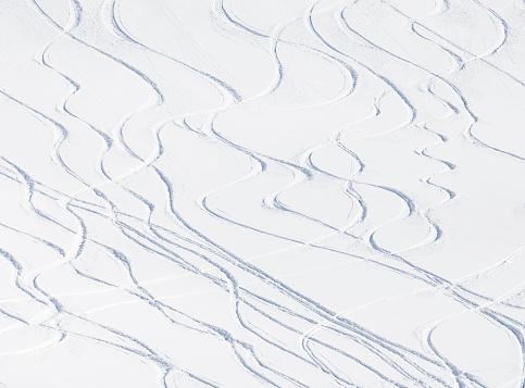 Ski tracks on powder snow