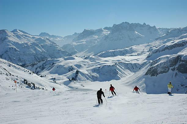 Skifahren in den österreichischen Alpen – Foto