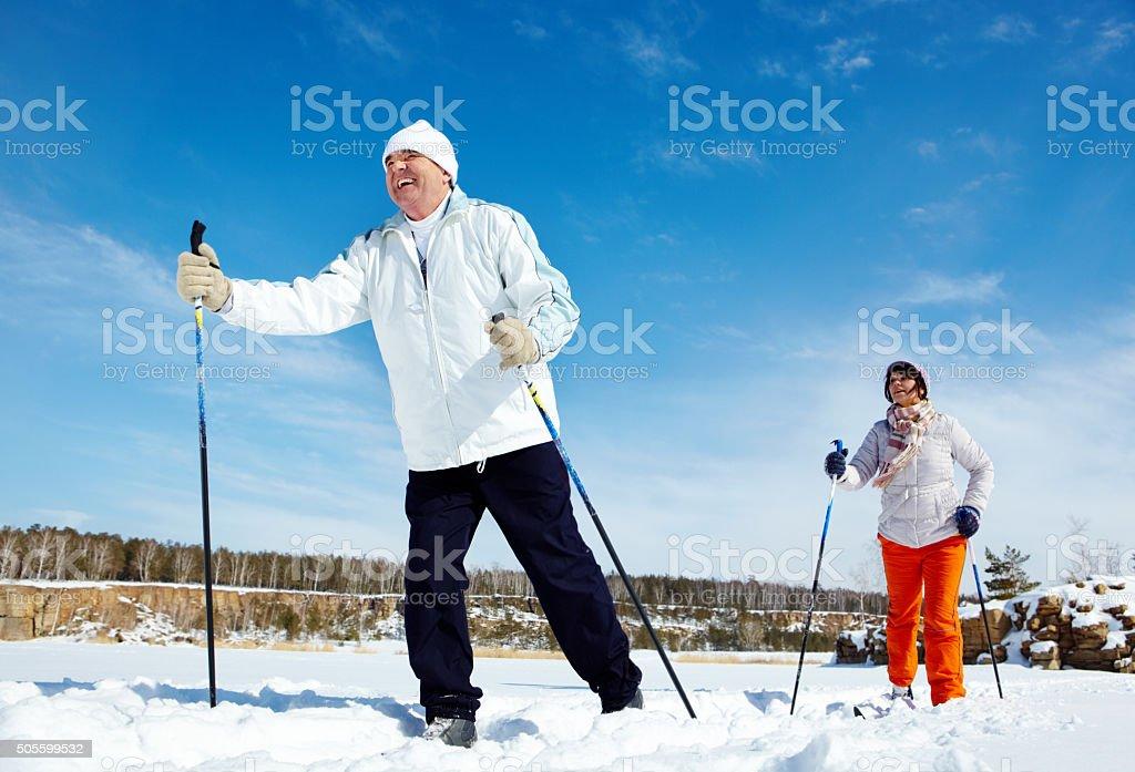 Skifahren Personen – Foto
