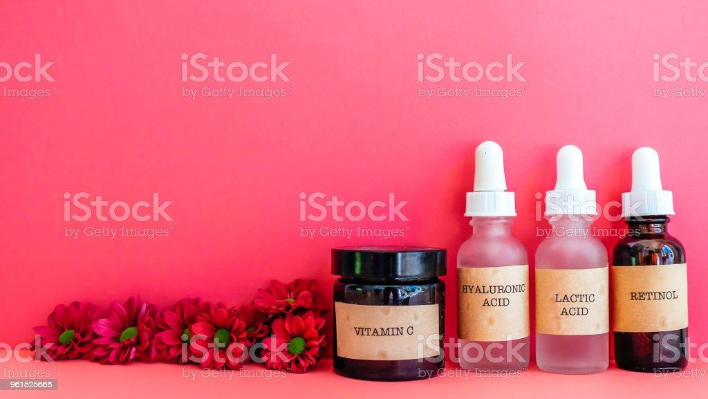 Esenciales cuidado de la piel - foto de stock