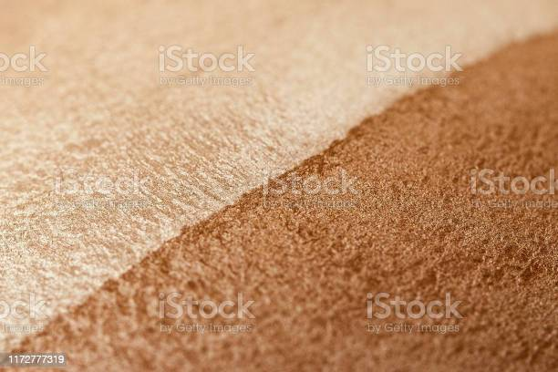 Skin tone powder macro image of cosmetics twotone bronzer and picture id1172777319?b=1&k=6&m=1172777319&s=612x612&h=d6cegbh1r266 ihoobgxcjri4yddxpuxxg2o1hwdyao=