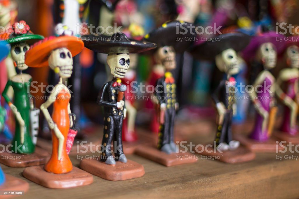 Calavera dia de los muertos figures for sale in Mexico