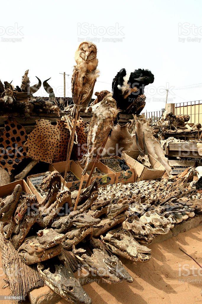 Schädel & Voodoo Utensilien, Lomé, Togo stock photo