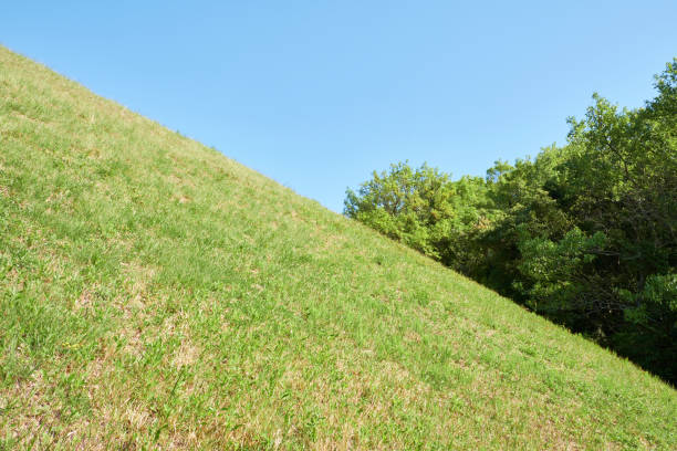 Sky and green contrast Sky and green contrast steep stock pictures, royalty-free photos & images
