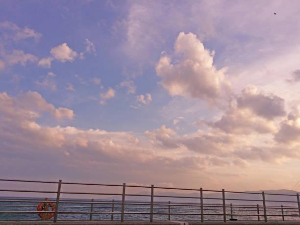 空と夜の海 ストックフォト