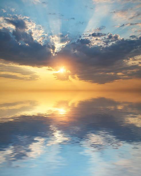 himmel hintergrund - schönen abend bilder stock-fotos und bilder