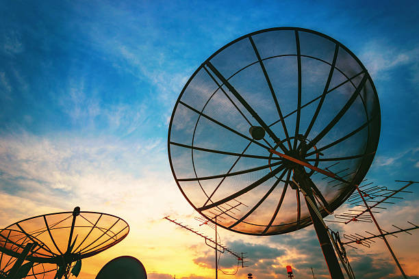 sky signal home sky signal home telecommunications equipment stock pictures, royalty-free photos & images