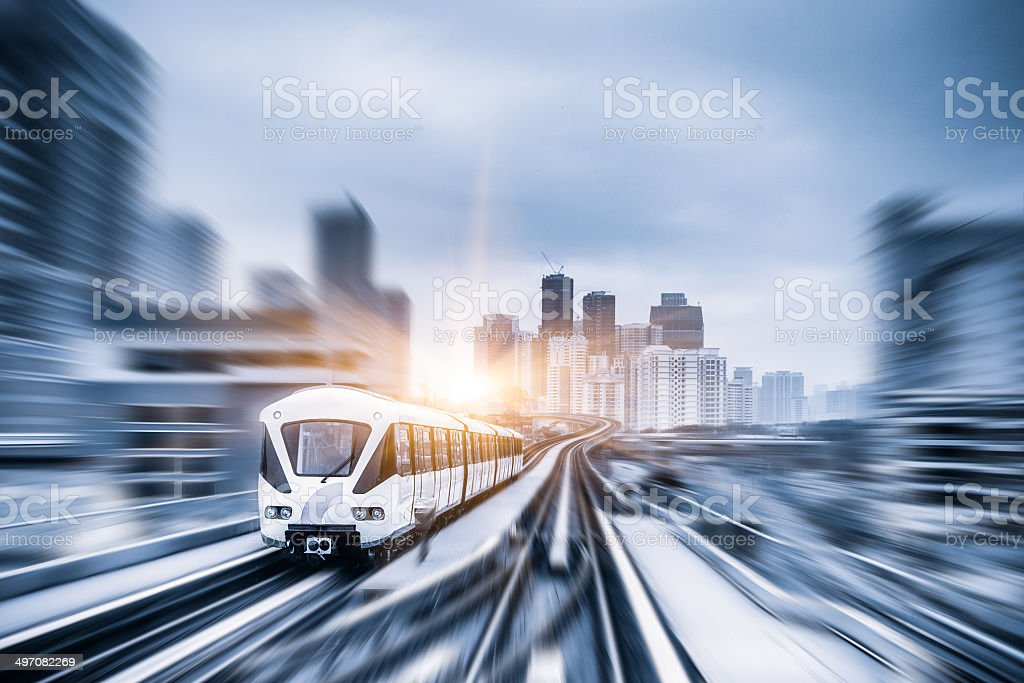 Sky train durch city center in Kuala Lumpur, motion blur - Lizenzfrei Architektur Stock-Foto