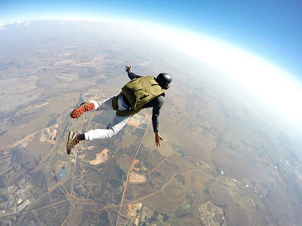 skydiver in action - fallskärm bildbanksfoton och bilder