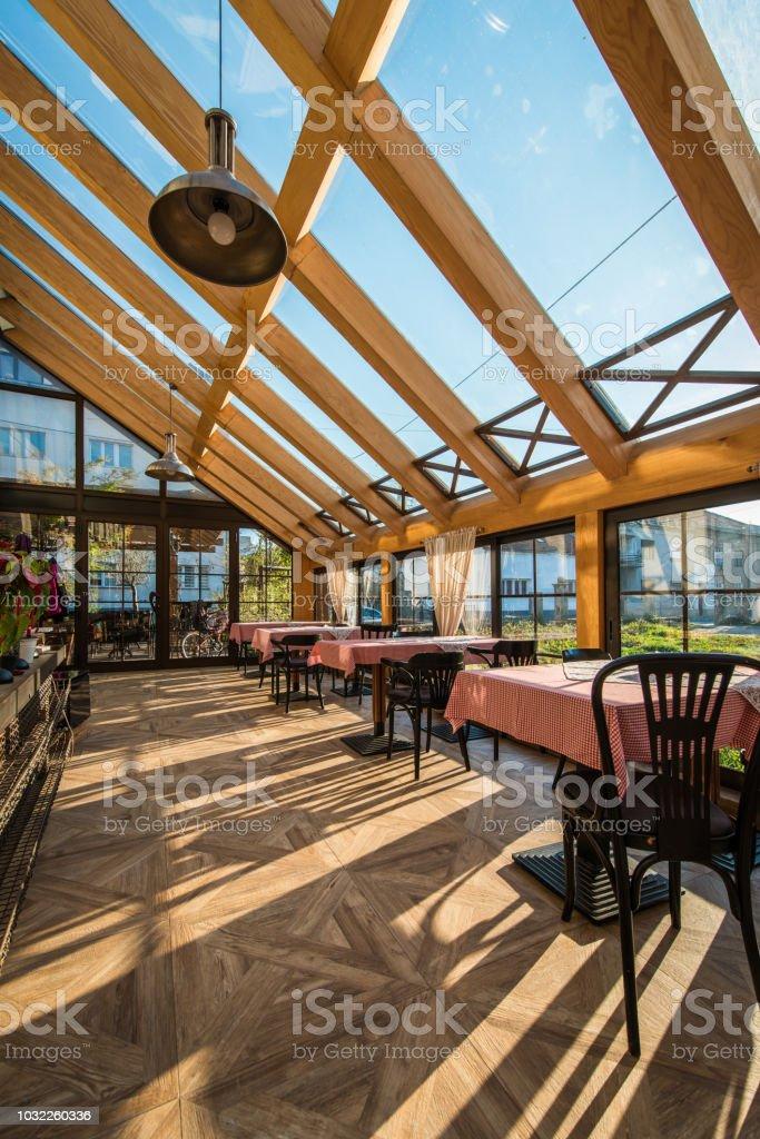 Skylihgt Terrasse des Restaurants – Foto