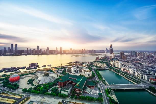 cbd city, shenzhen manzarası - guangdong i̇li stok fotoğraflar ve resimler