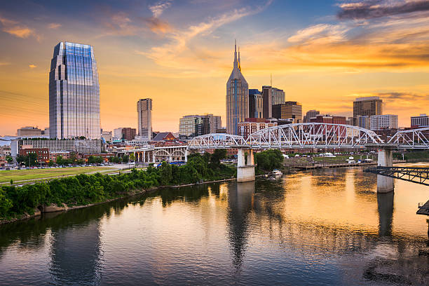 Skyline of downtown Nashville, Tennessee, USA. Skyline of downtown Nashville, Tennessee, USA. tennessee stock pictures, royalty-free photos & images