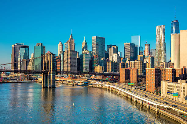 skyline of downtown new york, manhattan,  new york city - brückentage stock-fotos und bilder