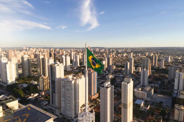 skyline van goiânia, goiás - brazilië stockfoto's en -beelden