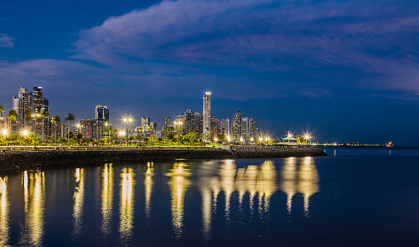 Skyline of Panama City at blue hour – Foto