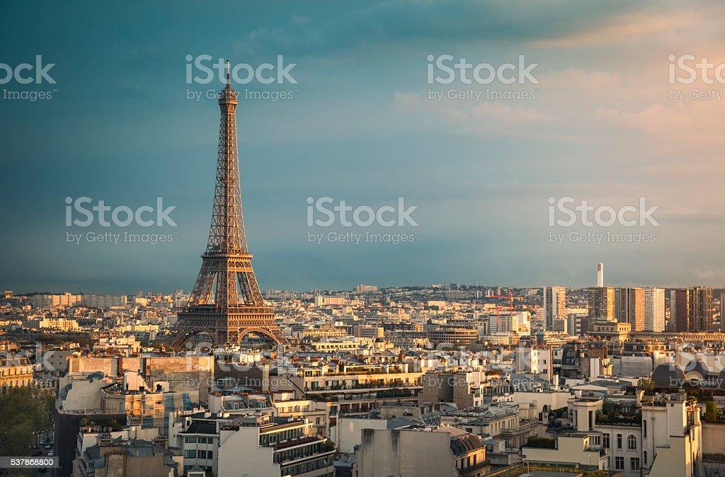Ville de Paris et la Tour Eiffel au coucher du soleil (Paris, France) - Photo