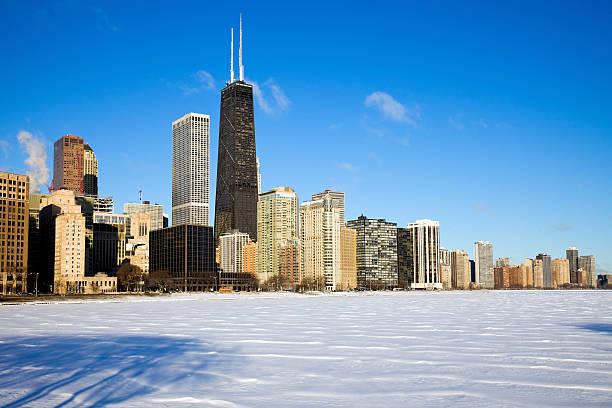 costa dorada de tiempo de invierno - edificio hancock chicago fotografías e imágenes de stock
