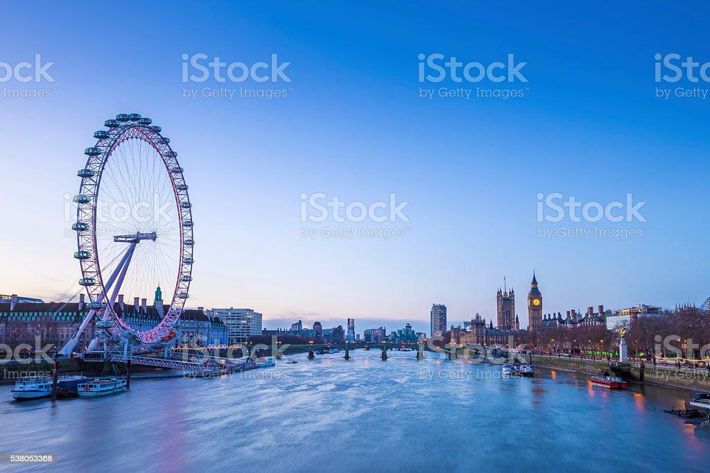 Skyline Blick auf London vor Sonnenaufgang mit Big Ben - Lizenzfrei 21. Jahrhundert Stock-Foto
