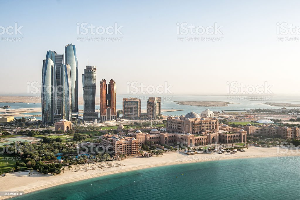 Skyscrapers and coastline in Abu Dhabi​​​ foto
