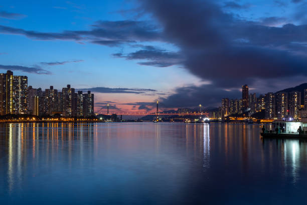 Skyscrapers and harbour during sunset – zdjęcie