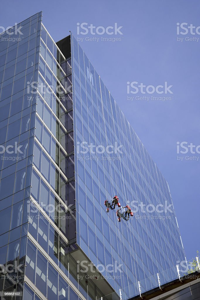 Wolkenkratzer Glas cleaners Lizenzfreies stock-foto