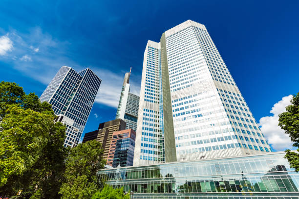 Skyscrapers in Frankfurt Skyscrapers in Frankfurt fluchtpunktperspektive stock pictures, royalty-free photos & images