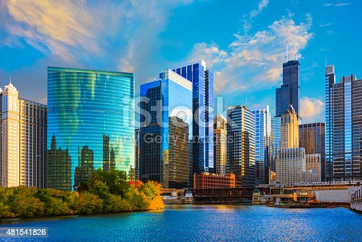 istock Skyscrapers of Chicago skyline at sunset,Chicago River,Ill 481541826