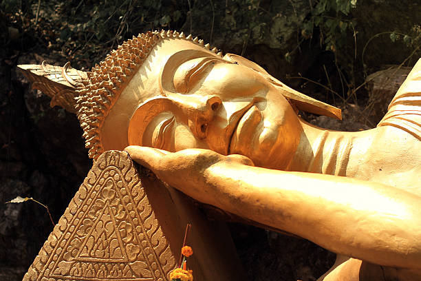 Schlafen goldenen Buddha in Luang Prabang – Foto