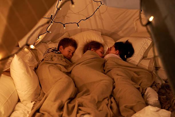 sleeping little angels - fort bildbanksfoton och bilder