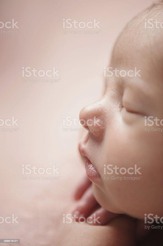 Schlafen neugeborene Mädchen – Foto