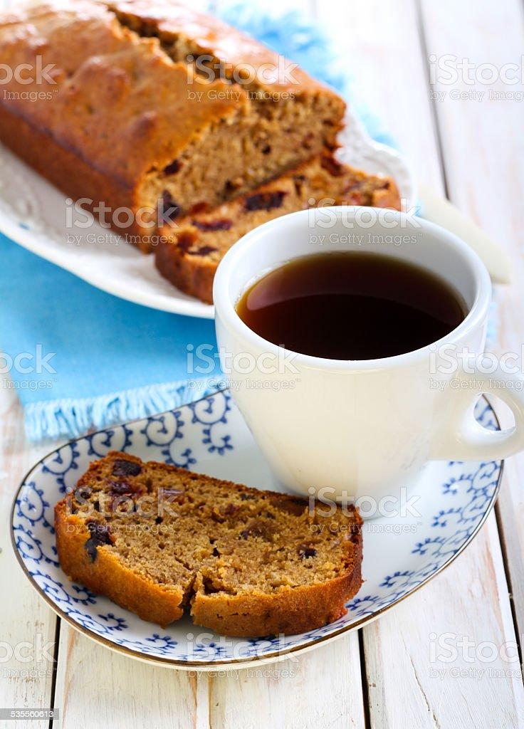 Fatia de data e bolo de café - foto de acervo