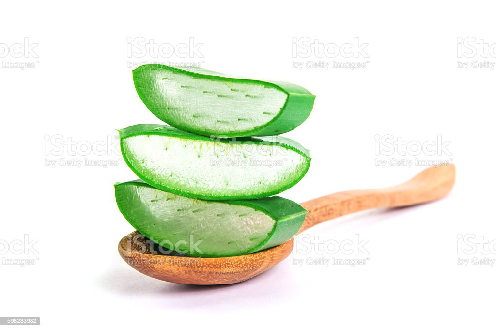 sliced and leaf of fresh aloe vera on white background foto royalty-free