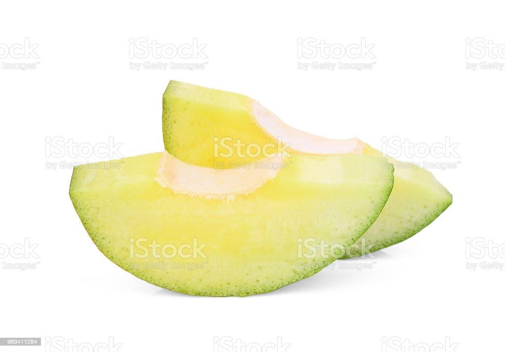 pokrojone zielone mango wyizolowane na białym tle - Zbiór zdjęć royalty-free (Część)