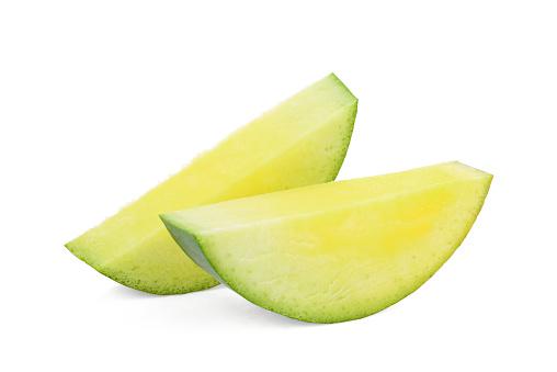 Sliced Green Mango Isolated On White Background - zdjęcia stockowe i więcej obrazów Bez ludzi