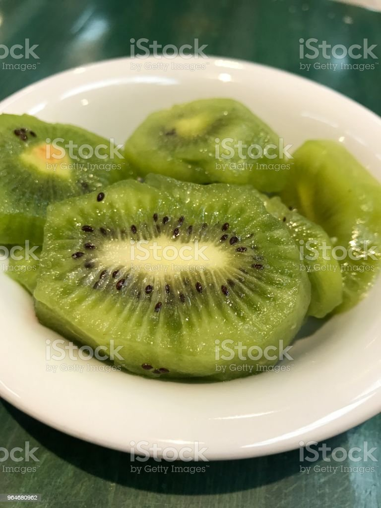 frutta kiwi tagliata royalty-free stock photo