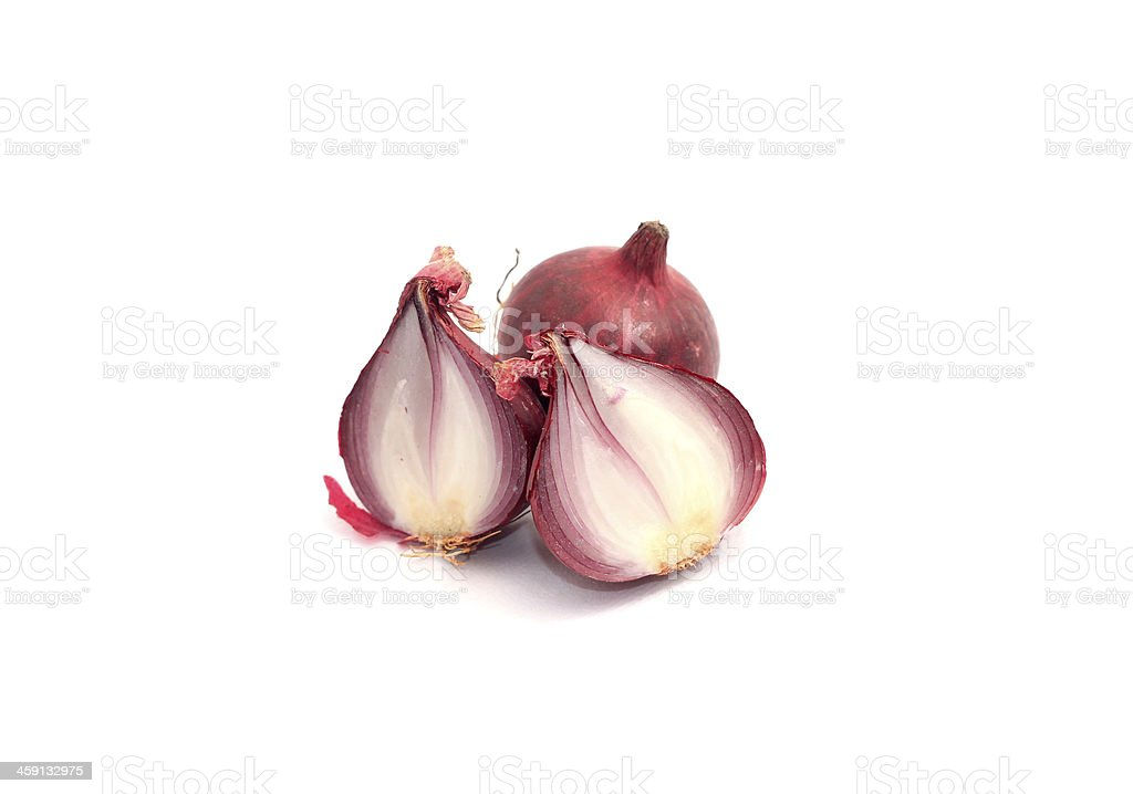 Sliced shallots over white background - Royalty-free Biologisch Stockfoto