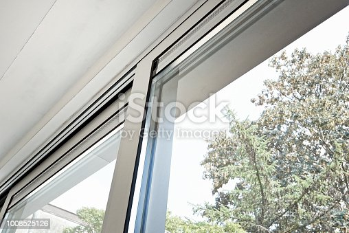 Sliding glass door and his ventilation system, before painting the wall