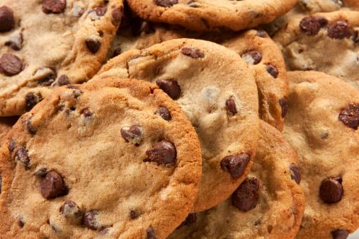청키 초콜릿 칩 쿠키를 0명에 대한 스톡 사진 및 기타 이미지