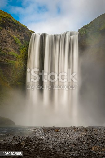 The majestic Seljalandsfoss waterfalls and a popular attraction for tourists.