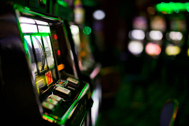 slot machines - halbergman stock pictures, royalty-free photos & images