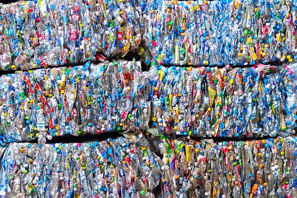 small bales of compacted cans for recycling - balpress bildbanksfoton och bilder