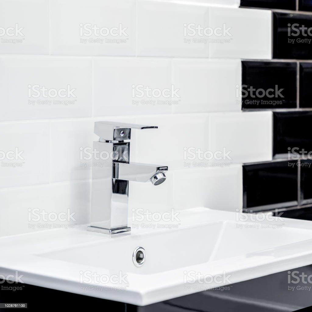 Kleines Badezimmer Waschbecken Stockfoto und mehr Bilder von ...