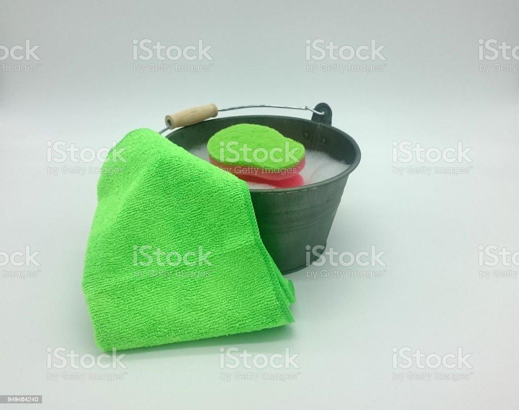 Kleiner Blecheimer Zum putzen – Foto